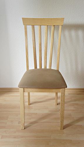 chair espos.dehttp-__www.flickr.com_photos_epsos_6018530839_