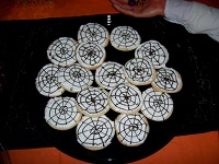 Spider web cookies small