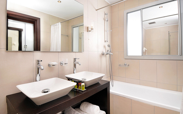 Designing A Bathroom That Your Whole Family Can Enjoy.